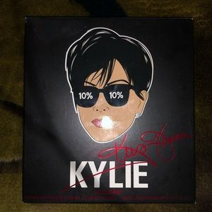 Kris Jenner by Kylie cosmetics press powder